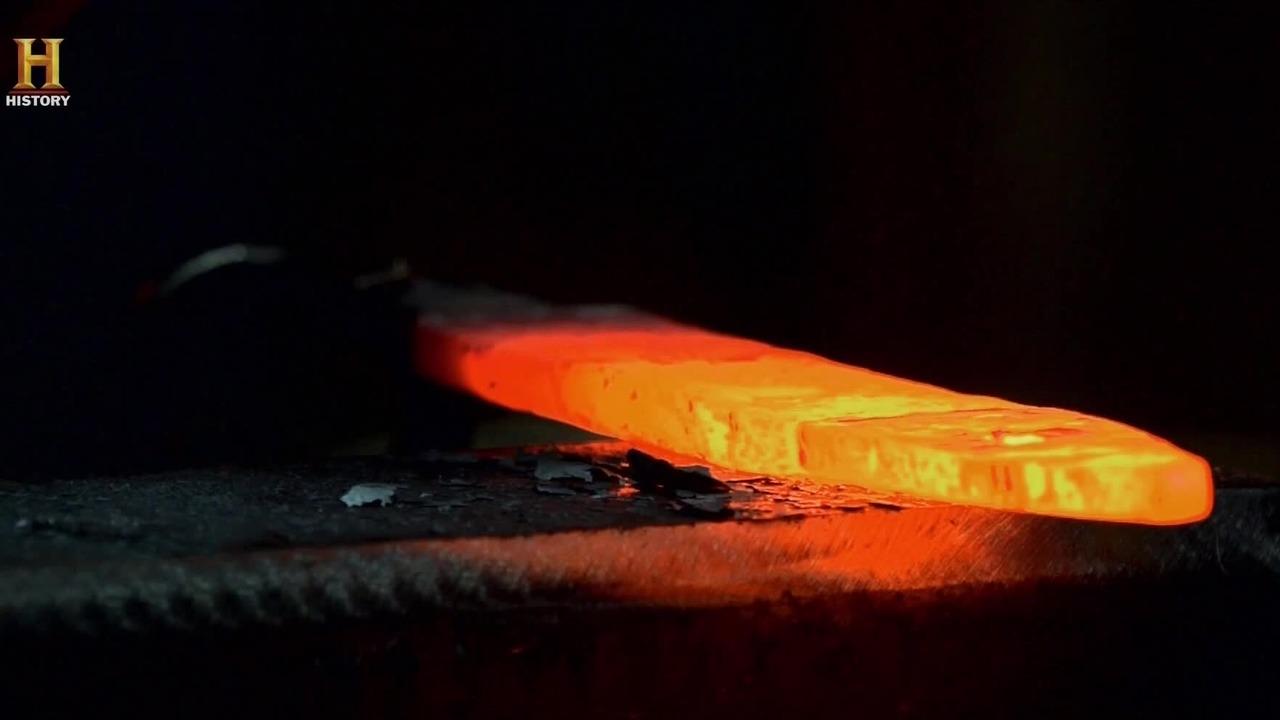 Wykute w ogniu s01e01