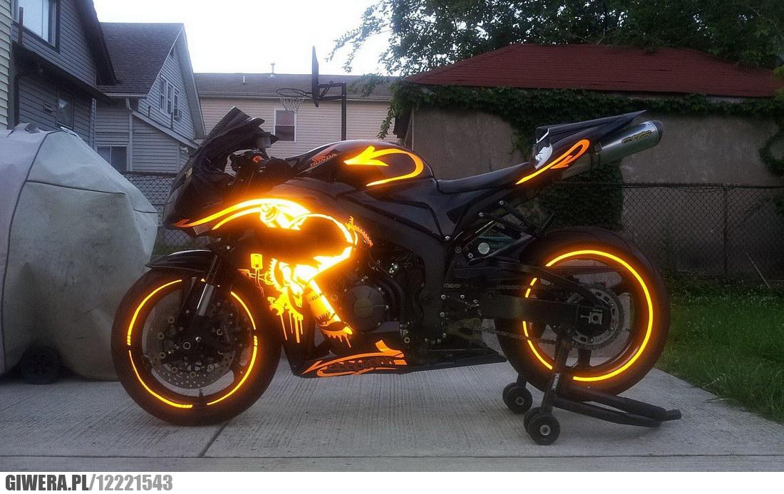 Graffiti Na Motocyklu