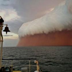 Australia: ogromna burza piaskowa