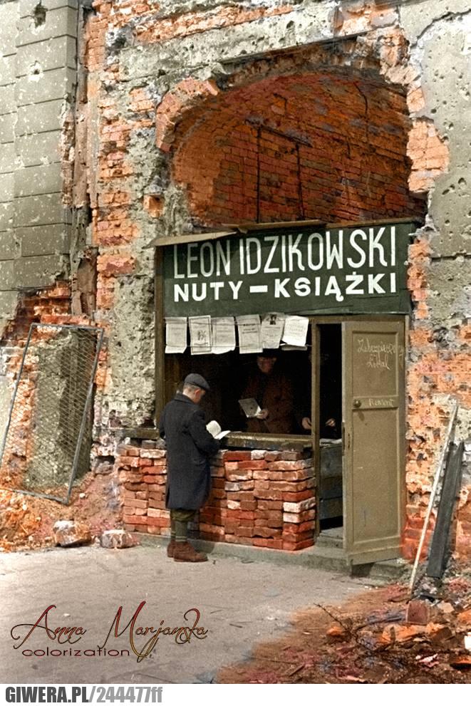 Księgarnia,Warszawa,Wojna,1945 rok