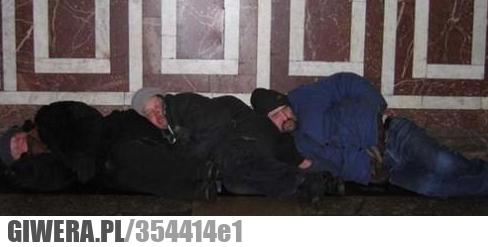 Kiedy bezdomni oddadzą swoje samochody