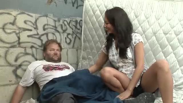 Bg daily latinas porn