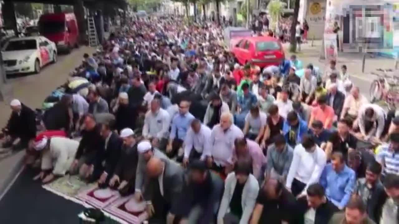 Fala imigrantów I Terrorystów z Afryki - Tego nie zobaczysz w TV!