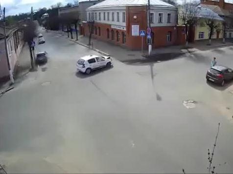 Skrzyżowanie w Rosji bez sygnalizacji świetlnej