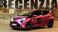 Toyota Aygo wyróżnia się świeżym, odważnym designem. Dynamiczne i zwrotne AYGO idealnie sprawdza się na miejskich ulicach i oferuje zaskakującą pakowność. Zapraszamy na TEST  Our pages:  Instagram: https://www.instagram.com/dlcarsstudio/ Facebook: https://www.facebook.com/dlcarsstudio/?ref=br_rs  Track: Acejax feat. Danilyon - By My Side [NCS Release] Music provided by NoCopyrightSounds. Watch: https://youtu.be/SE_8DxZLmLk Free Download / Stream: http://ncs.io/ByMySideYO