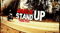 Pierwsze kroki w  wheelie na stojąco. 