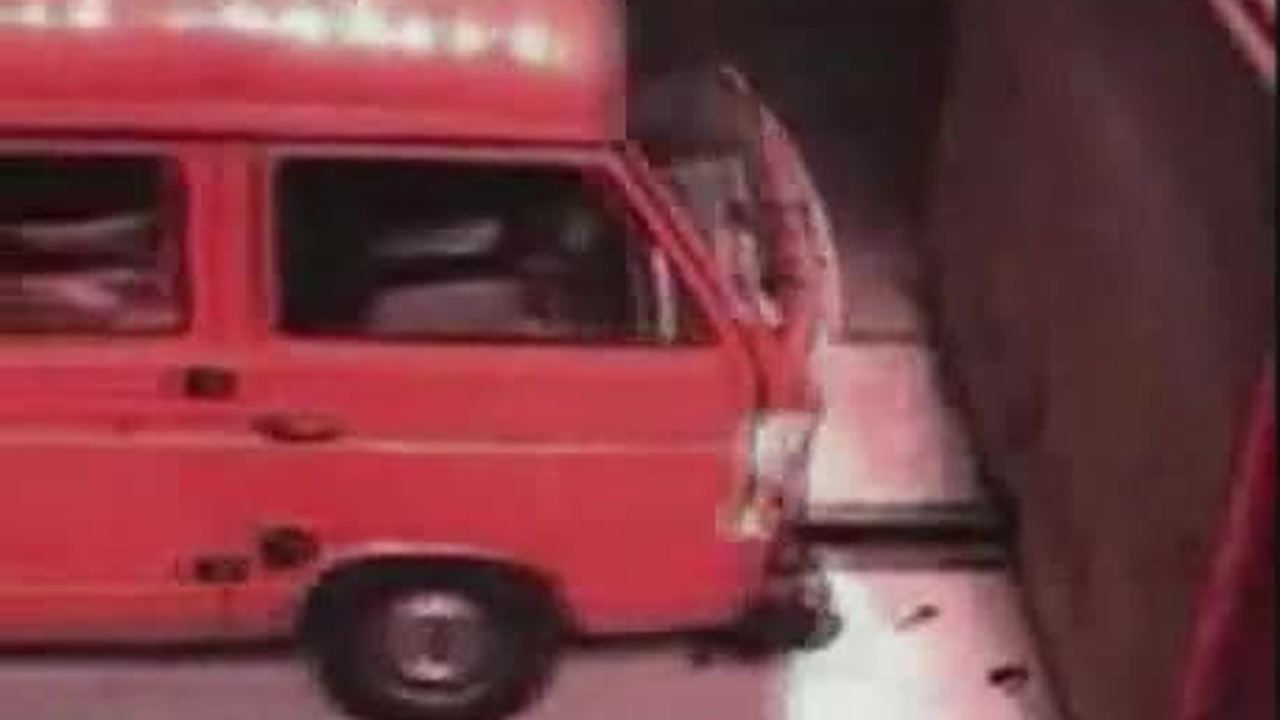VW T2 Crash Test